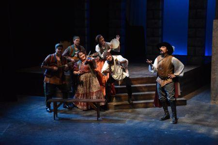 Musicians and Cyrano